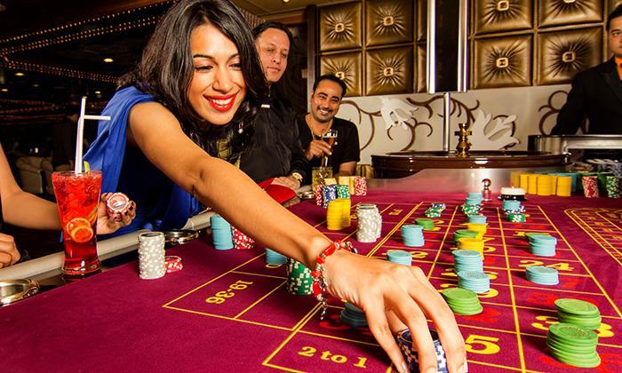 Know The Moolah You Can Make Out Of Online Poker