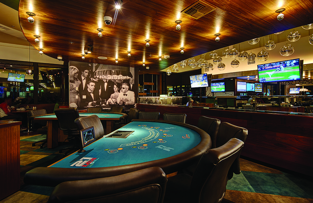 Amateurs Online Casino But Overlook Several Easy Issues